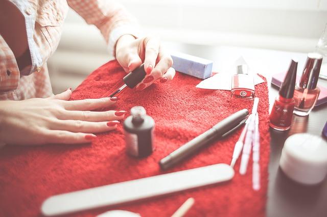 consejos-para-pintar-tus-uñas