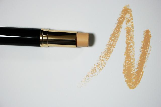 guia-para-ahorrar-tiempo-al-maquillarse 3