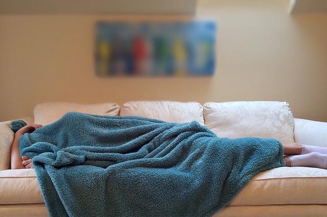 que-dice-la-posicion-en-la-que-duermes-sobre-tu-salud (3)
