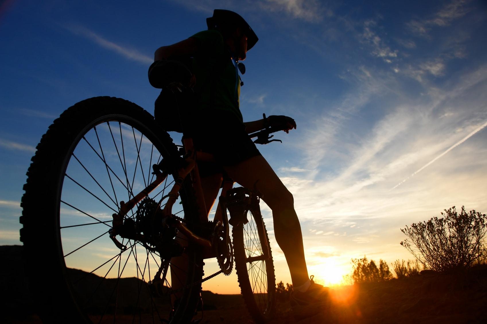 bicicleta-en-el-ocaso
