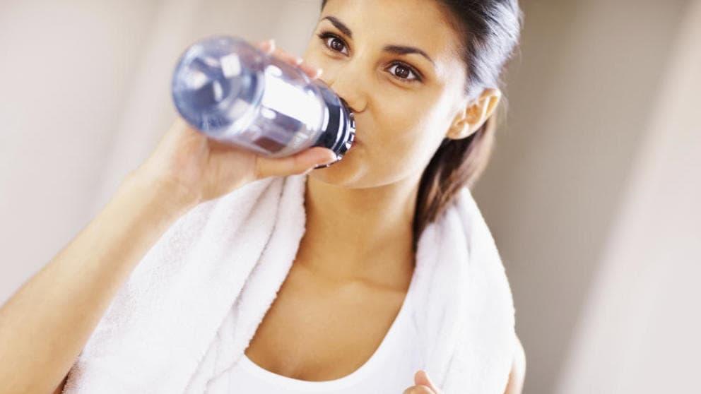 beber-agua-para-la-salud