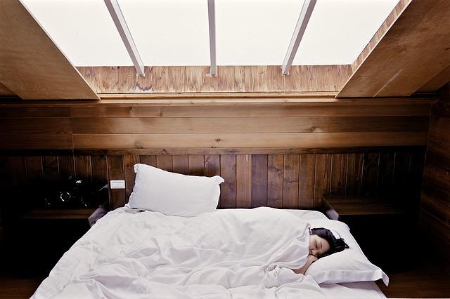 6-cosas-que-no-debes-hacer-antes-de-dormir