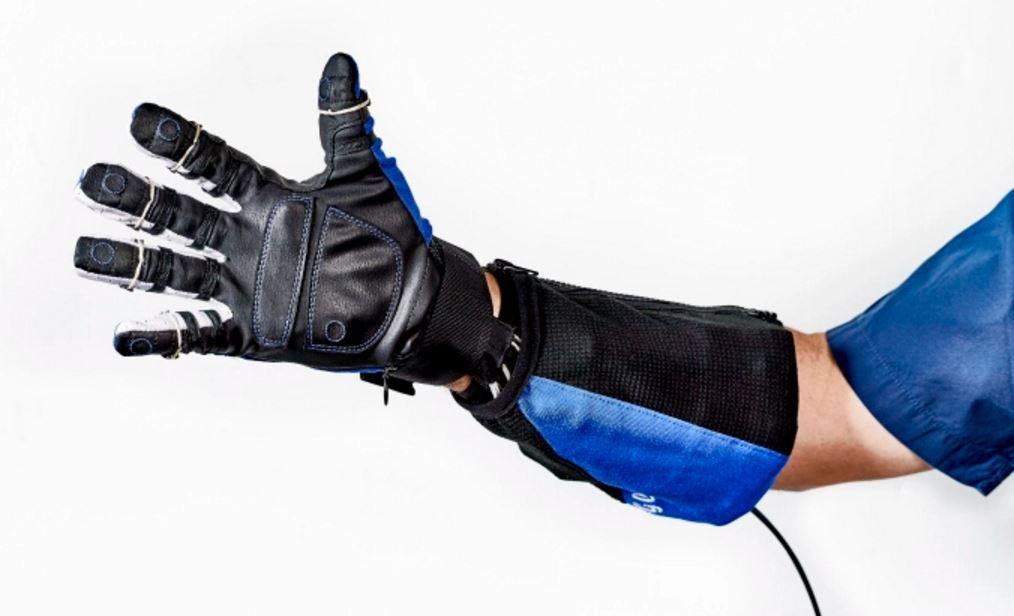 RobeGlove como llamaron este súper guante se probara en una plata para testear su funcionamiento antes de buscar financiación y mejoras en los modelos de diferentes tallas.