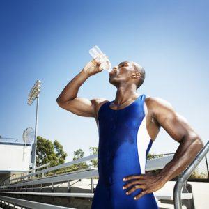 Entrenar_deporte_mañanas_ejercicio_rutina_hombre