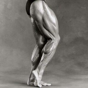 piernas_entrenamiento_fitness_gimnasio_simetria_salud
