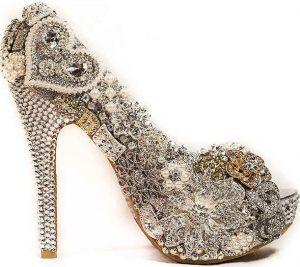 tacones, zapatos extravagantes