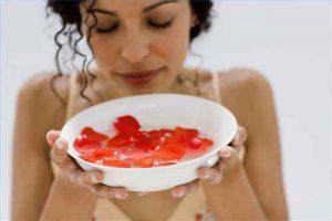 piel firme, tónico, agua de rosas