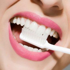 bicarbonato de sodio, dientes blancos, sonrisa blanca