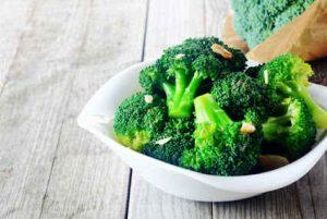 sueño, alimentos, brocoli