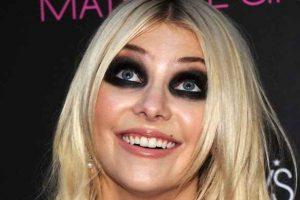 errores de maquillaje, lápiz negro, lápiz de ojos