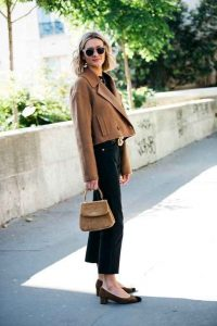 outfits noviembre, chaqueta camel