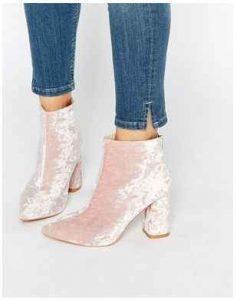 outfits, botas de terciopelo
